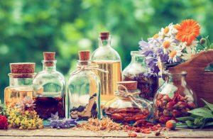 huiles essentielles et à base de plantes