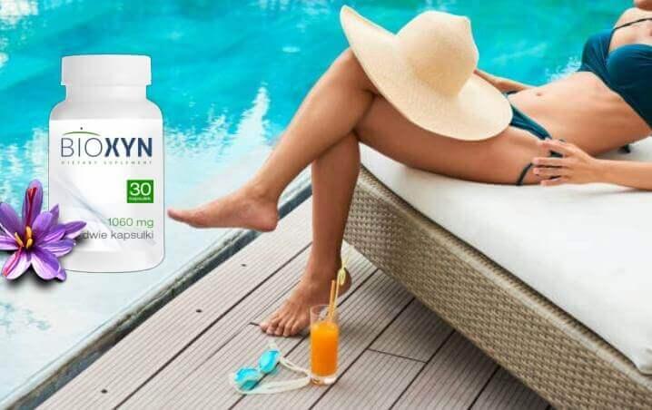 Bioxyn, chapeau, femme à la piscine