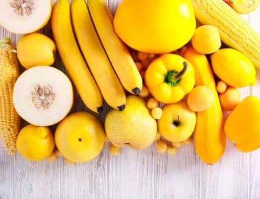fruits et légumes jaunes