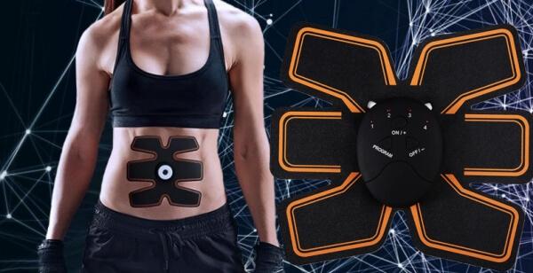 EMS Trainer, femme avec une ceinture