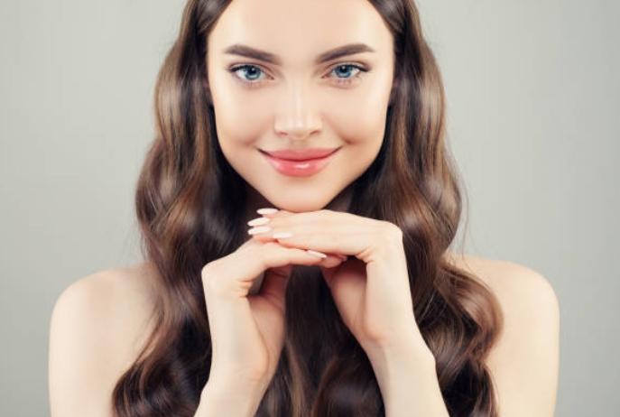 femme, beaux cheveux, peau, ongles