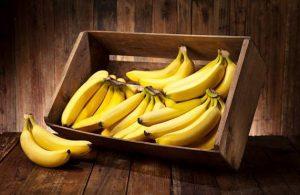 caisse avec des bananes
