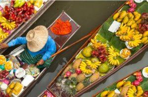 bateaux de fruits