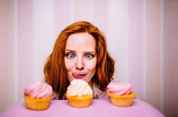 femme, confiture, muffins