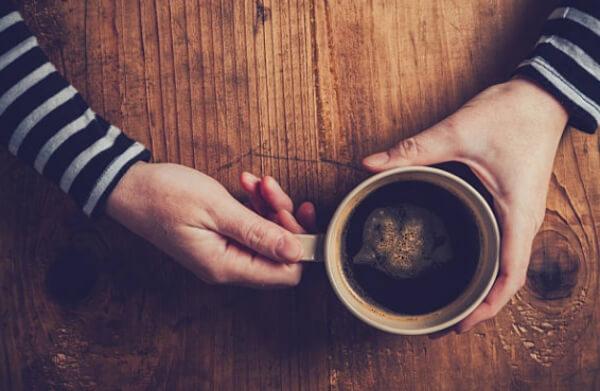 abstinence de caféine, une tasse de café