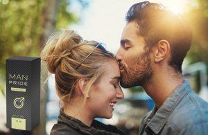 Man Pride, un homme embrasse une femme sur le front