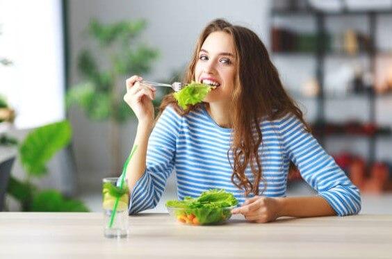 femme, régime, salade