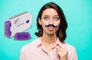 Yes Finishing Touch, une femme avec une moustache artificielle